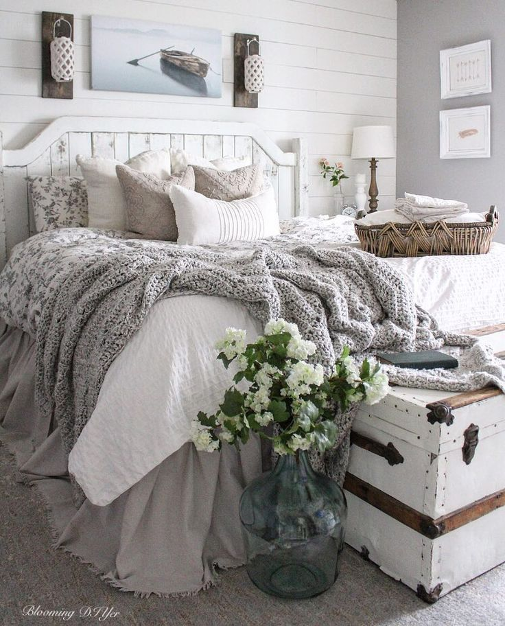 Love everything about this. Farmhouse Bedroom Inspiration! All the swooning over this space ... ALL OF IT! #farmhousebedroom is a must and very popular for your home. #walldecor and tips and tricks to style your bedroom. Interior design with a modern farmhouse twist #modernfarmhousebedroom