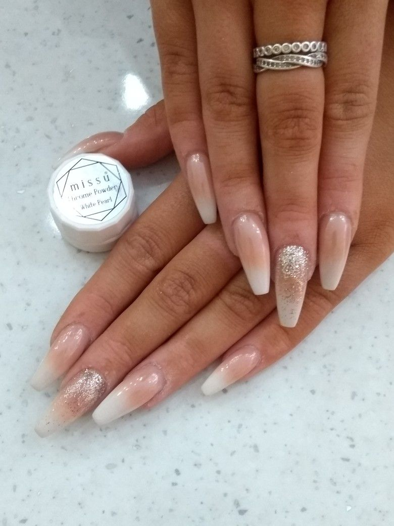 French Ambre Acrylic Nailart Nail Extensions With Pearl White Chrome Aumbre Nails Nails Nail Extensions Acrylic