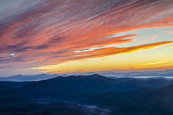 Sunrise on the Blue Ridge Parkway. Use promo code TECXMK for 40% off print price. #FineArtPrints #sunrise