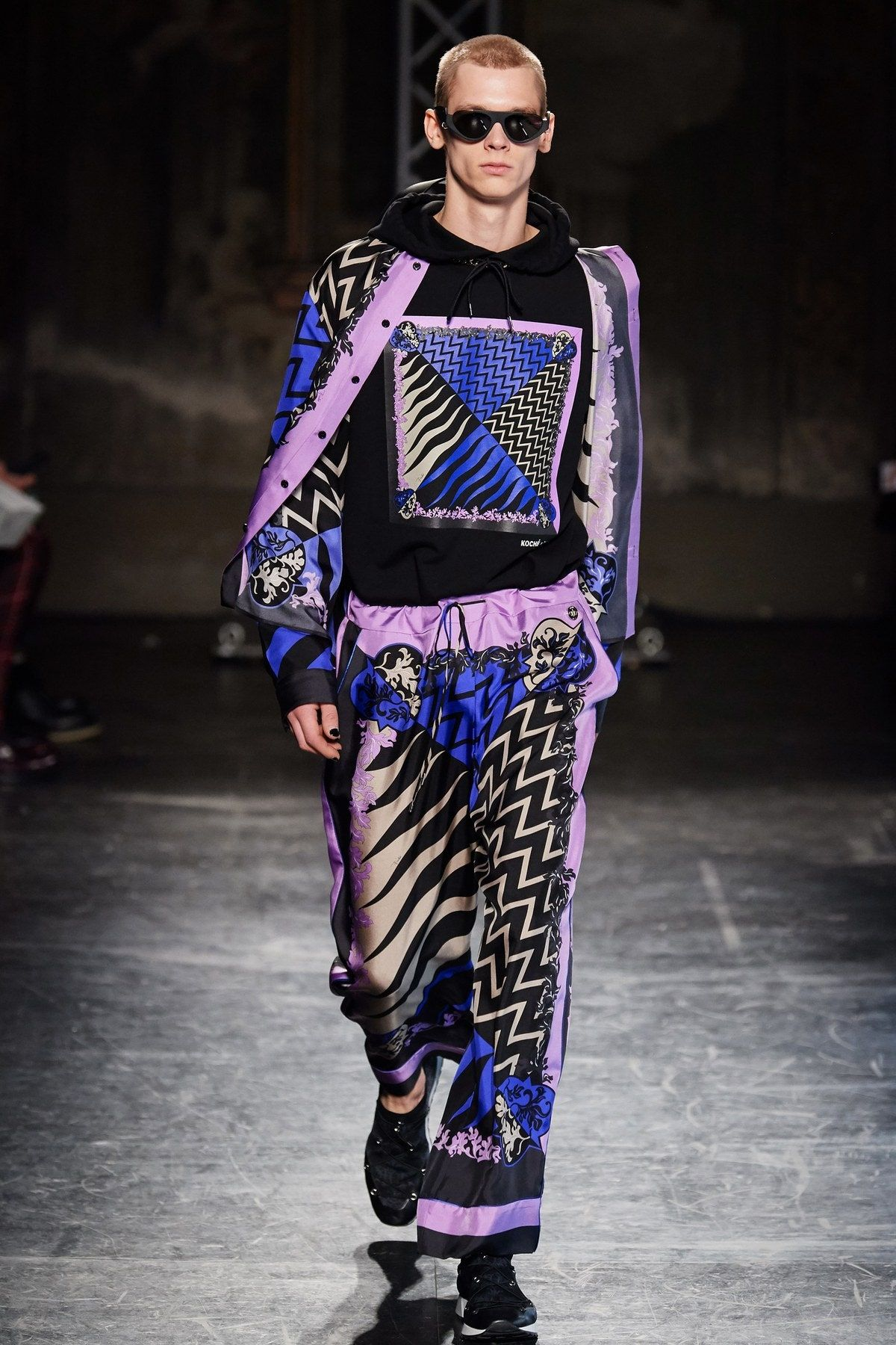 Emilio Pucci Fall 2020 Ready To Wear Fashion Show In 2020 Emilio Pucci Fashion Ready To Wear