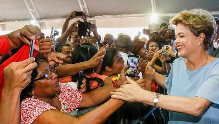 #MelhoresdaSemana Mais de 4 mil casas foram entregues em 4 cidades brasileiras: http://bit.ly/1DD9jx3  #MCMV