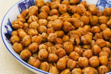 Roasted Chickpeas (Garbanzo Beans) with Moroccan Spices Crispy Roasted Chickpeas (Garbanzo Beans) with Moroccan Spices are a delicious and healthful snack!  [from Kalyn's Kitchen]Crispy Roasted Chickpeas (Garbanzo Beans) with Moroccan Spices are a delicious and healthful snack!  [from Kalyn's Kitchen]