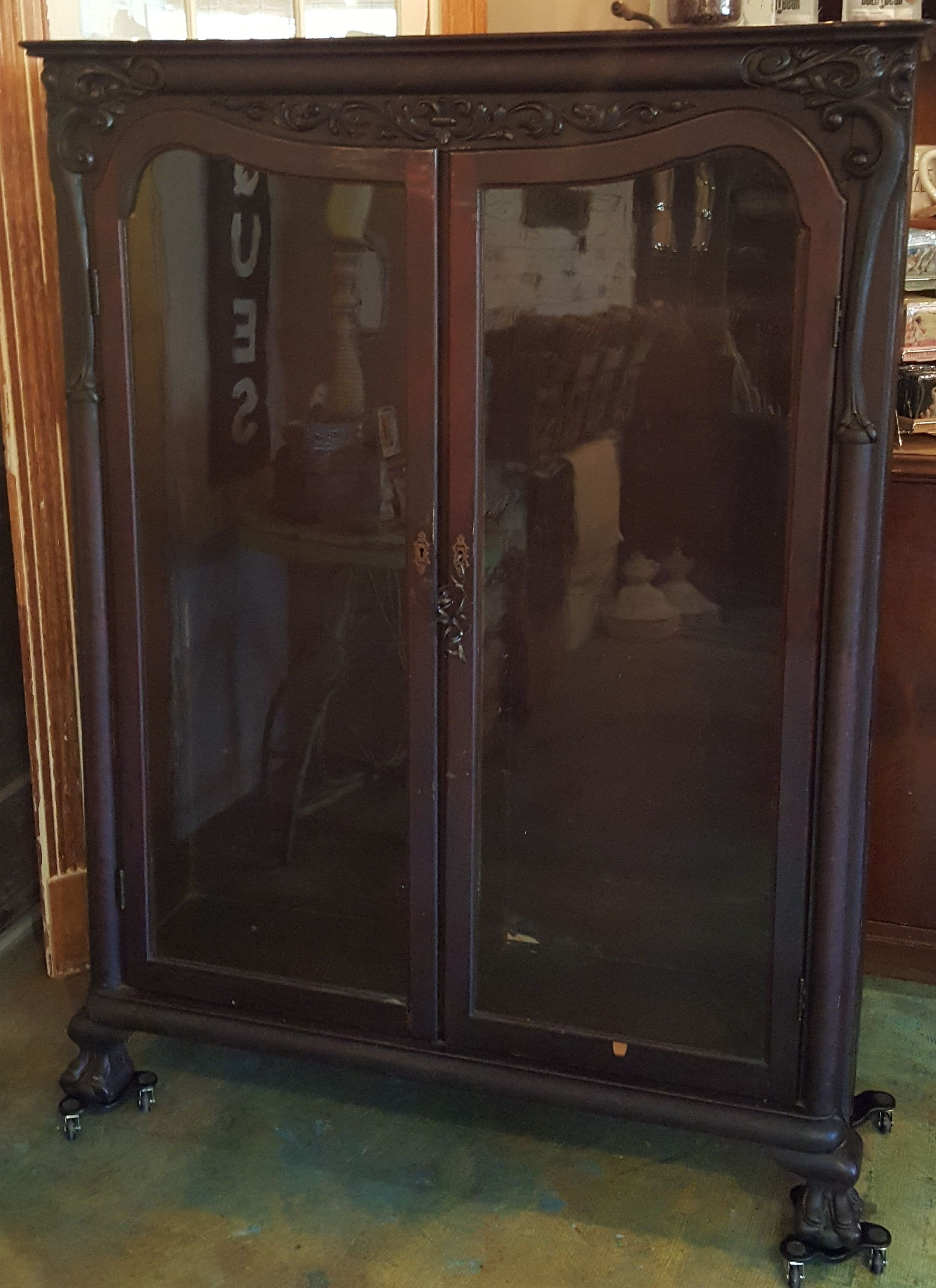 Antique French Curio Cabinet With Key French Curio French Antiques Curio Cabinet
