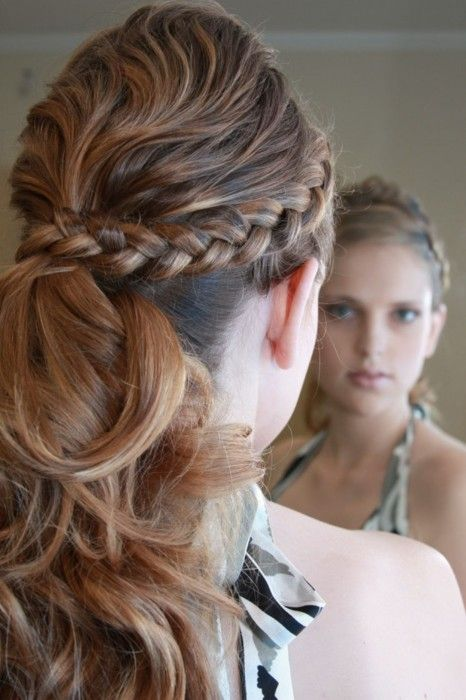 Ponytail And Braid Frisuren Brautfrisur Pferdeschwanz Frisuren