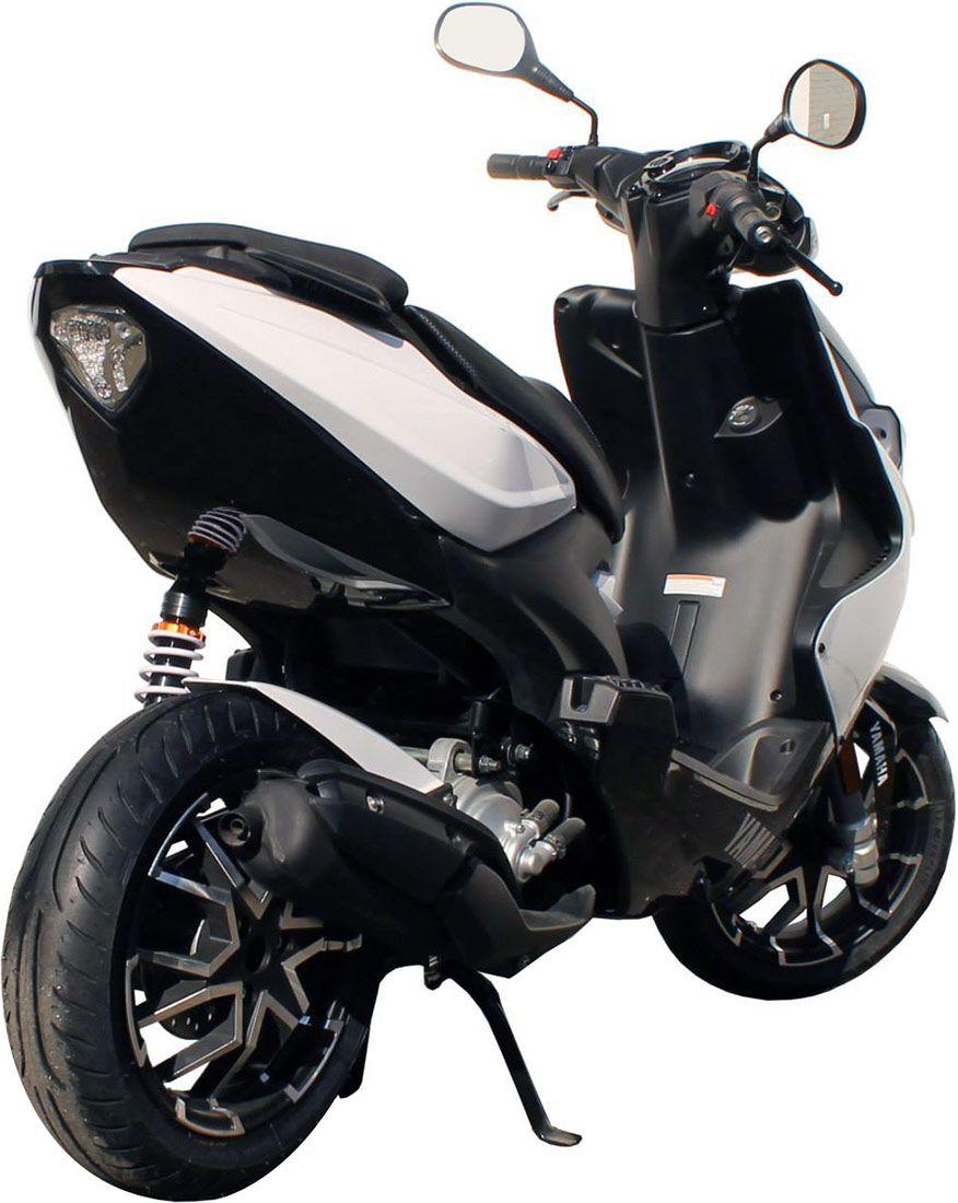 Épinglé sur Motos, scooters..