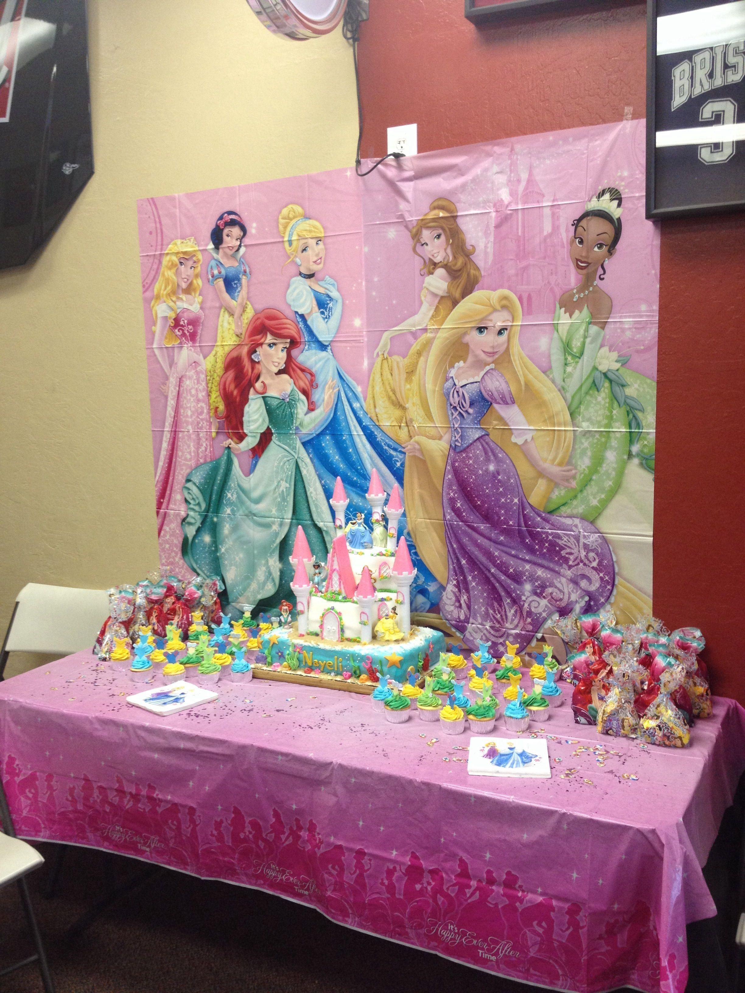Disney princess cake cupcakes disney princess birthday