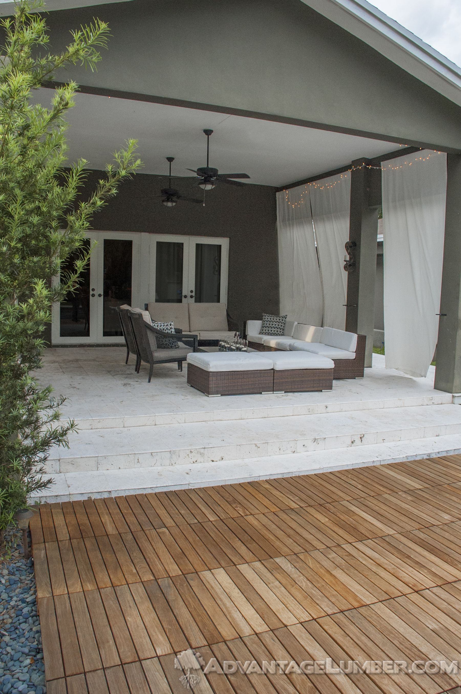 Advantage 20x20 Ipe Deck Tiles Will Give Your Backyard That Little Something Extra Decktiles Diy Miami