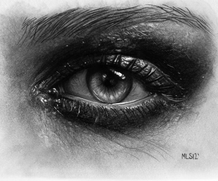 Hyperrealistic Pencil Drawings Look Deeply Into Soulful Eyes