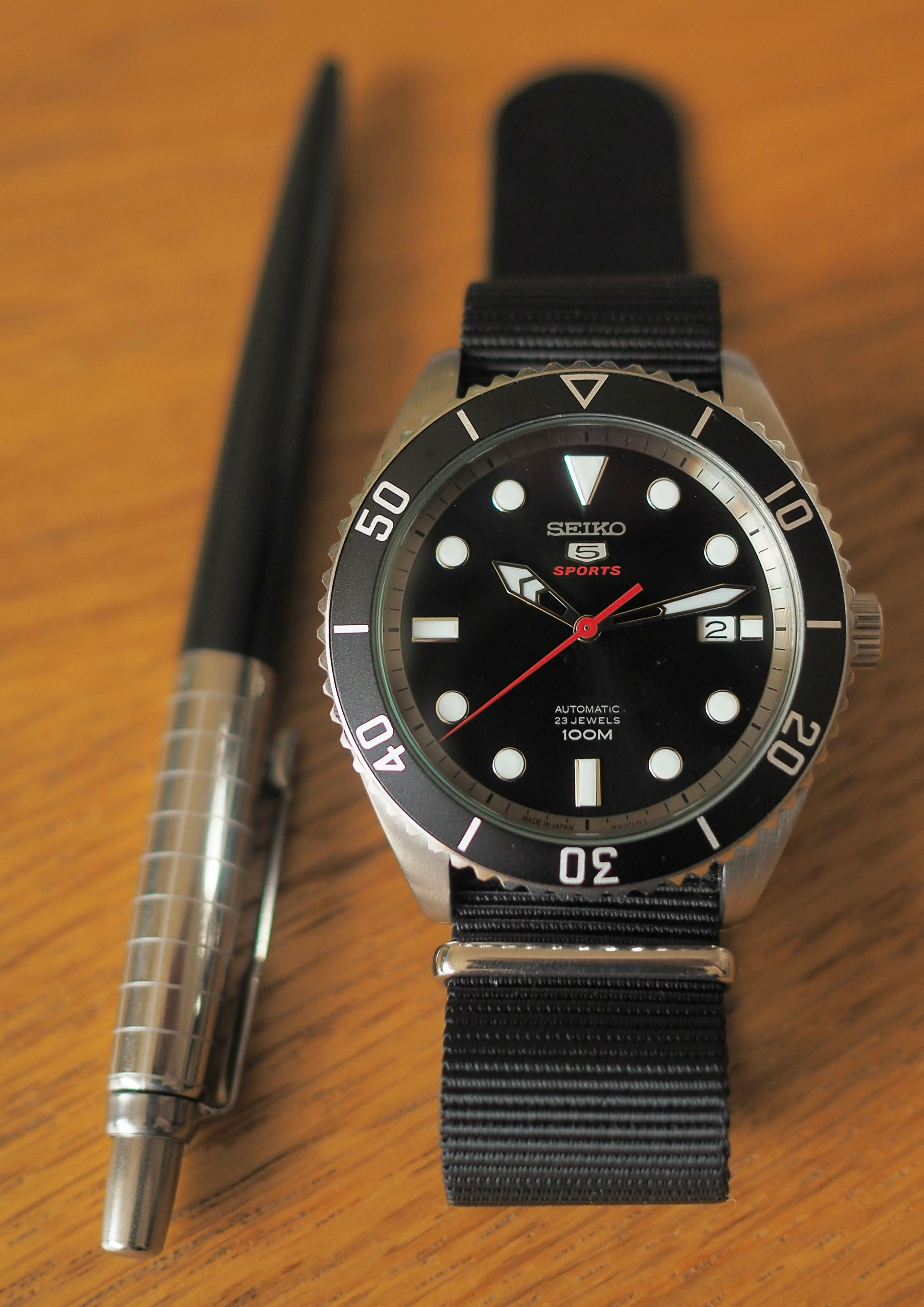 0be77a759bb  Seiko  When it clicked my SRPB91J1 pairs perfectly with my pen I just had  to do a small shoot.