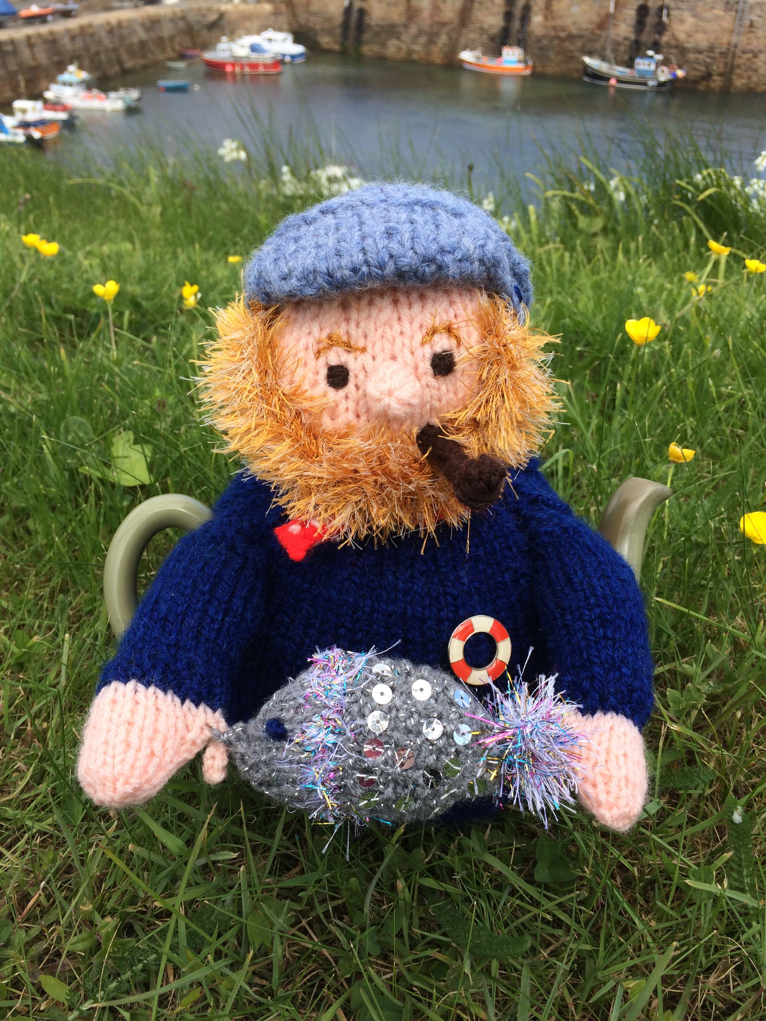 Guernsey Fisherman Tea Cosy   KNIT - ODDBOTS   Pinterest
