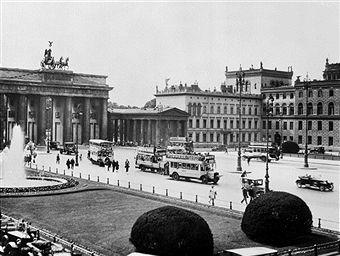 Berlin 1920 Brandenburger Tor Und Pariserplatz Berlin Stadte Reise Gorlitz