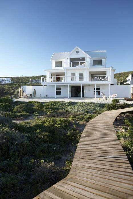 Pin By Yvette Van Der Merwe On Beach House 2b Modern Beach