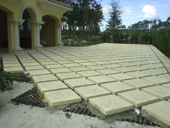 Synthetic Grass-Grids/Pavers/Stepping Stones mediterranean-landscape