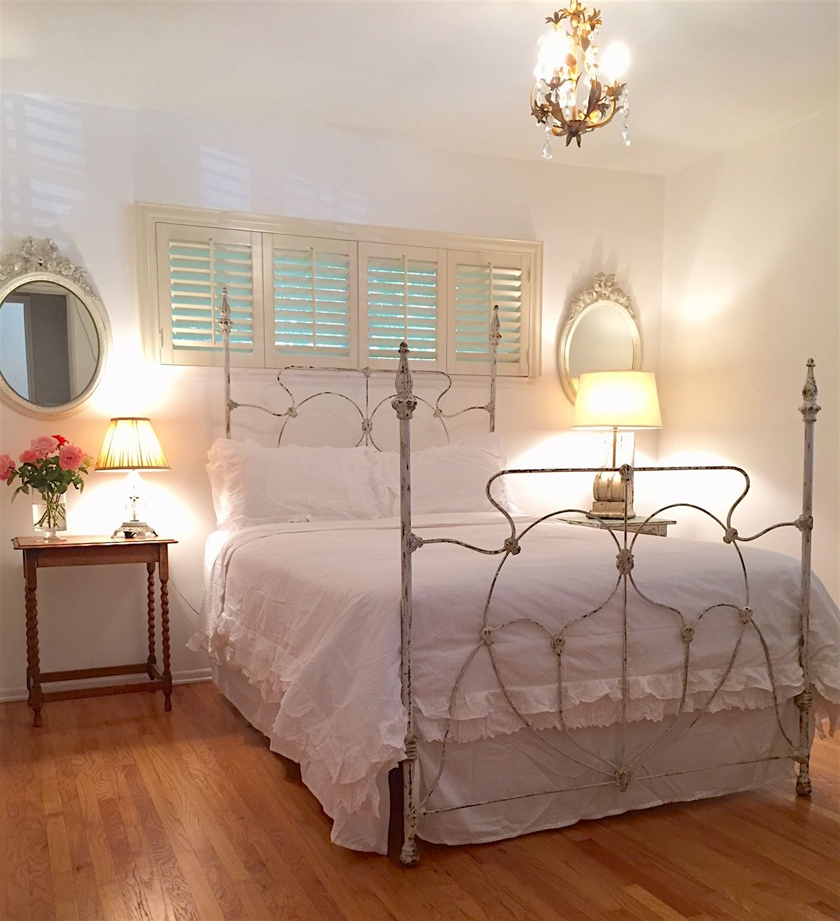 Great Four Poster Antique Iron Bed Circa 1880 With Original White Chipped Paint And Gold Guilding Showing Thro Iron Bed Antique Iron Beds Bedroom Inspirations