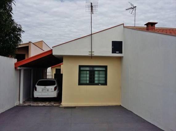 Izildo aro vende casa de 4 comodos aconchegantes, na cardim em matão, financia ou a vista, quintal, murado, suite e garagem