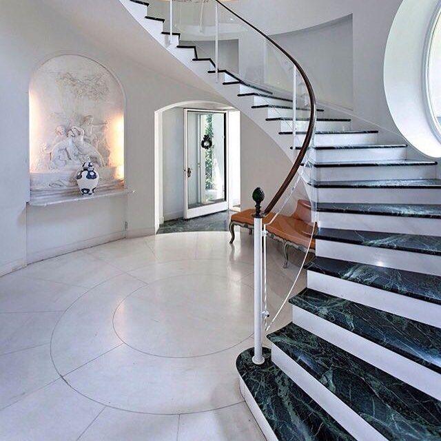 رخام غرانيت On Instagram الكويت جرانيت درج Marble مغاسل كونترات النيل الازرق وتر جت رخام ار Home Stairs Design Luxury Staircase Mansion Interior
