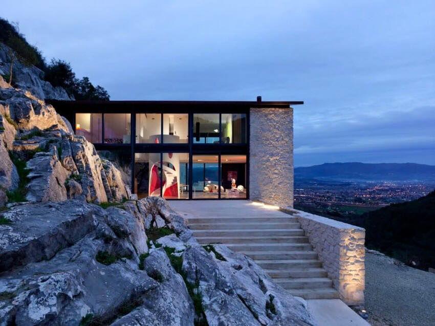 Engineering daily elegant private residence overlooking