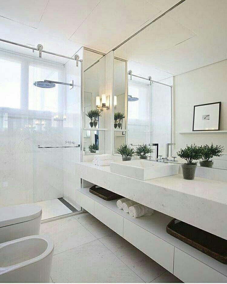 Modernu0027ishy White Bathroom large shower head vanity