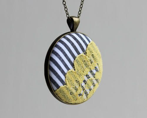 ... Women Yellow and Gray Jewelry