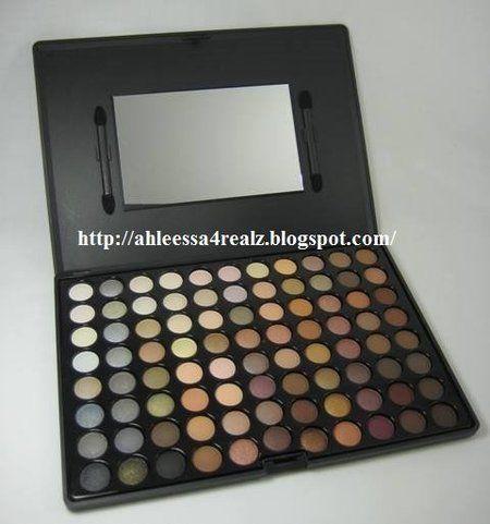 Crown Brush 88 Color Warm Eyeshadow Palette #Makeup #eyemakeup #eyeshadow #palette #beautybuys #giftset #holidaygifts - bellashoot.com #review
