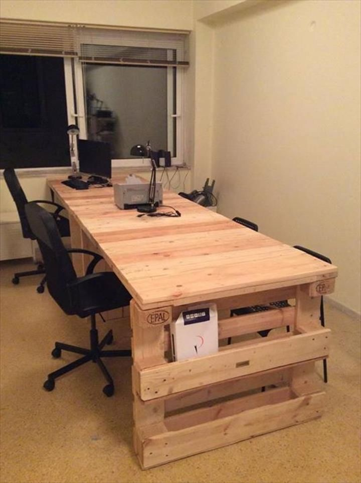 Recycled Pallet Office Computer Desk With Storage