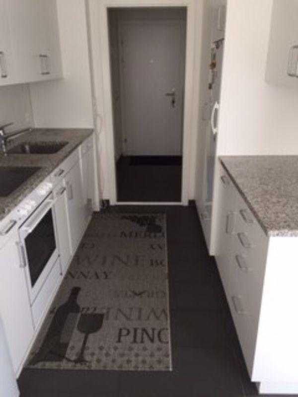 Helle 3 5 Zi Wohnung Im 1 Og Wohnung Mieten Einbauschrank