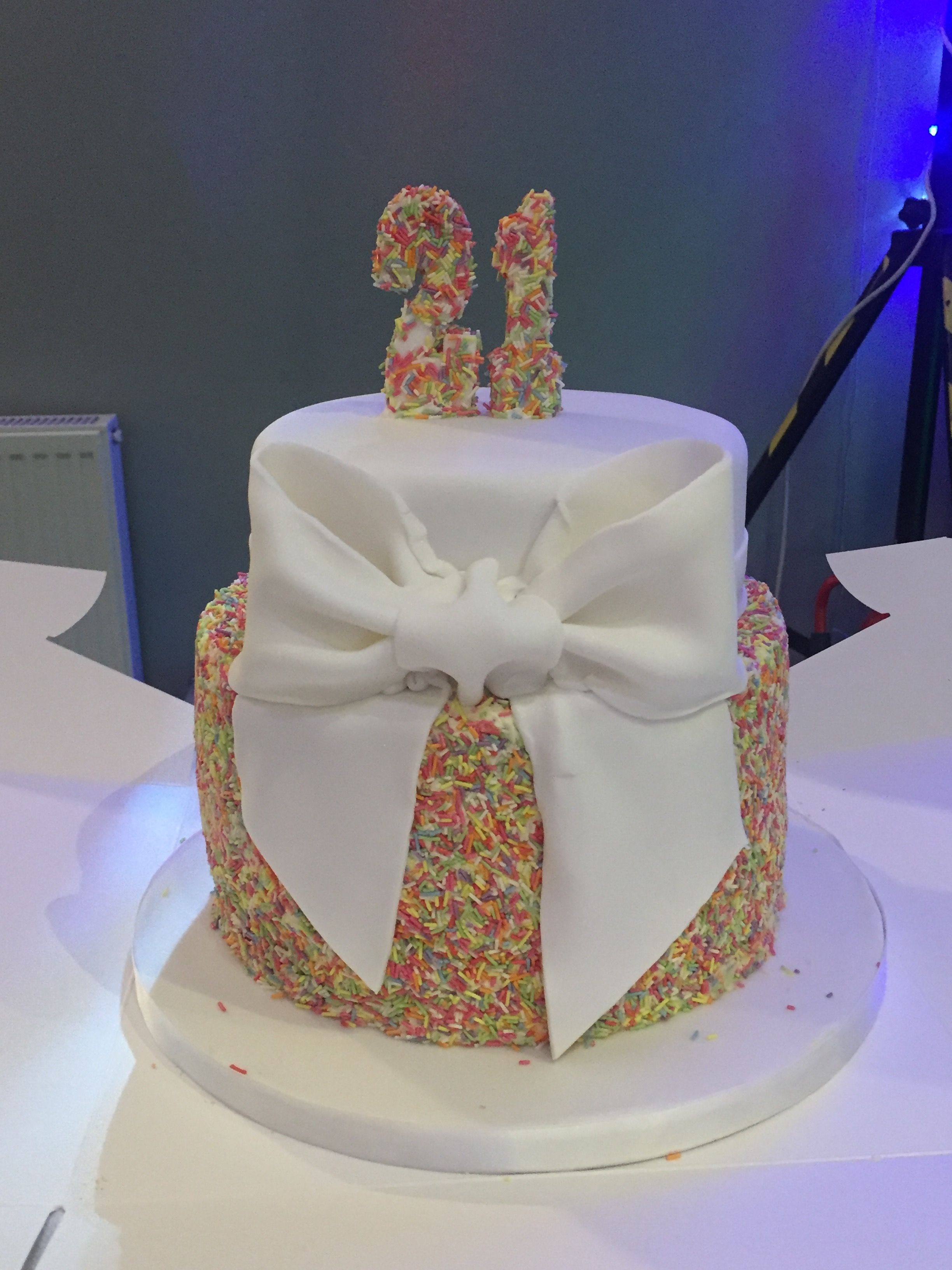 21st Birthday Cake With Sprinkles And Bow 21st Birthday Cakes