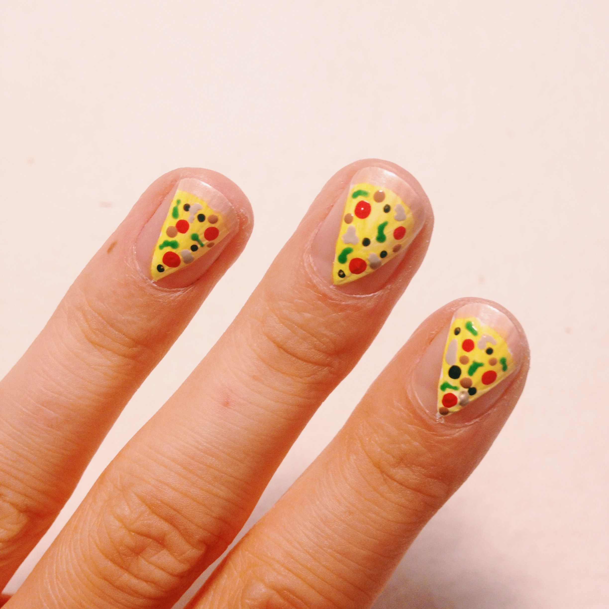Let\'s Learn How To Do Pizza Nails! | Nagellack-Kunst, Pizza und Kunst