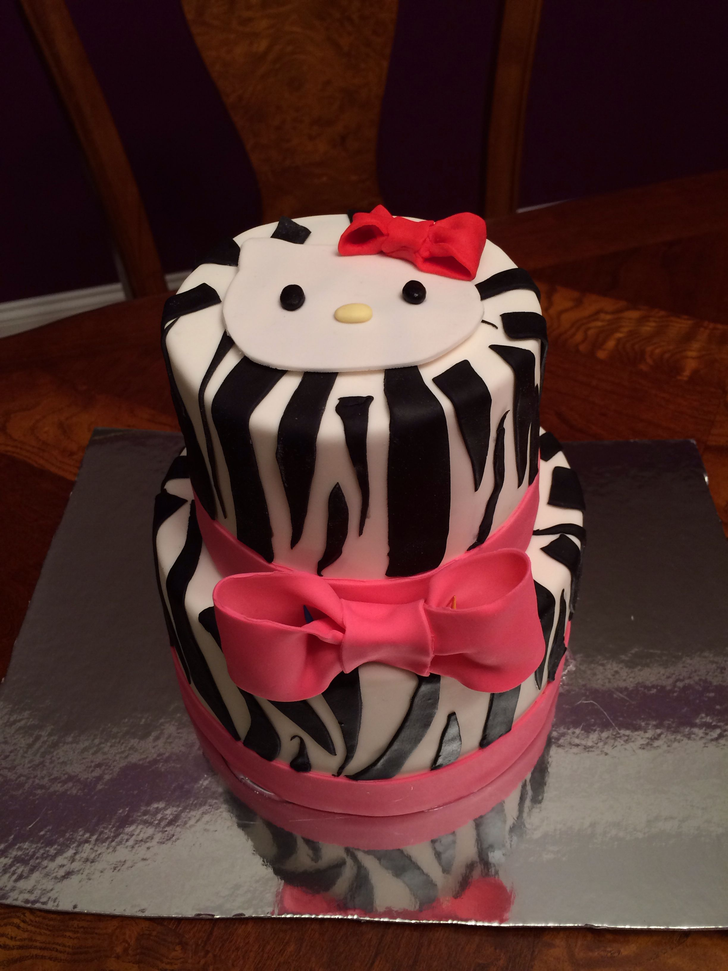 Hallo Kitty Cake