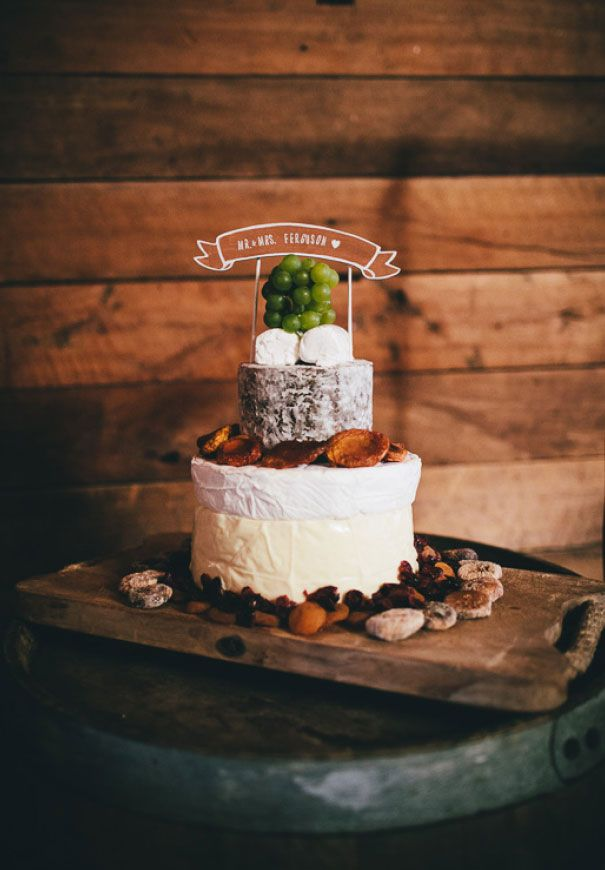 cheese wheel wedding cake how to cut wedding cake inspiration cheese wheel cake flowers 12630