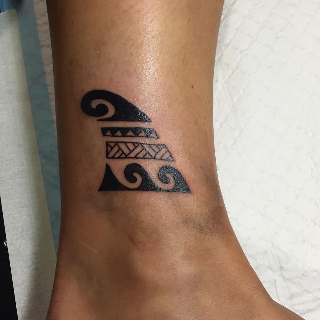 Maori Wave Tattoo: Tatuagem Surfista, Tatuagem, Tatuagem De Onda