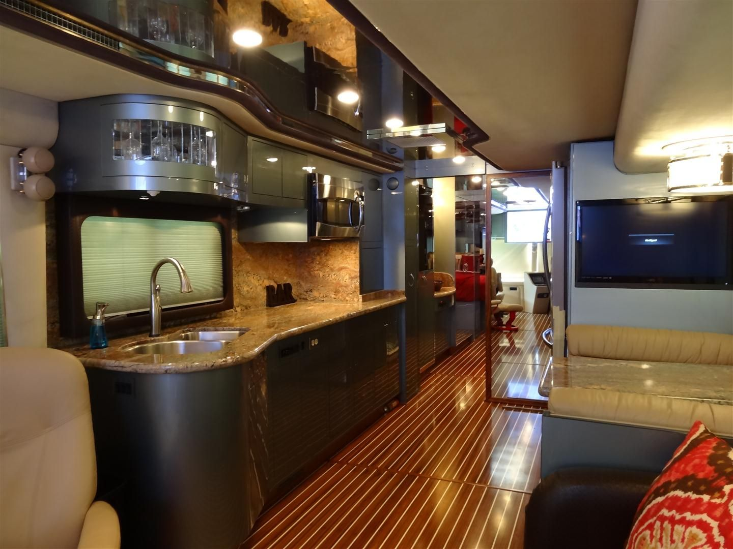 Modern rv interiors - The Woody Rv Interior Remodel Galley I Stand Corrected This Is The Most Amazing