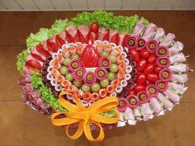 Traiteur Trouve Sur Facebook Recette Buffet Froid Buffet Froid Anniversaire Presentation Buffet Froid Mariage
