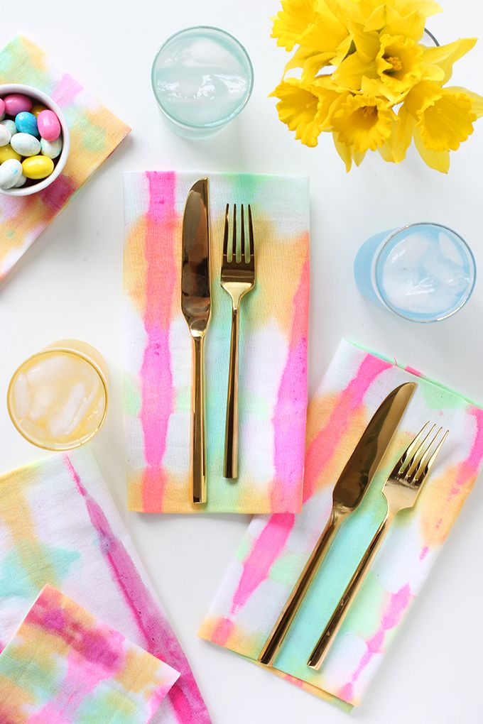 Tie Dyed Watercolor Napkins This Project Is Super Quick And Easy The Results Are So Pretty And These Napkin Can Be U Tie Dye Diy I Spy Diy Mother S Day Diy