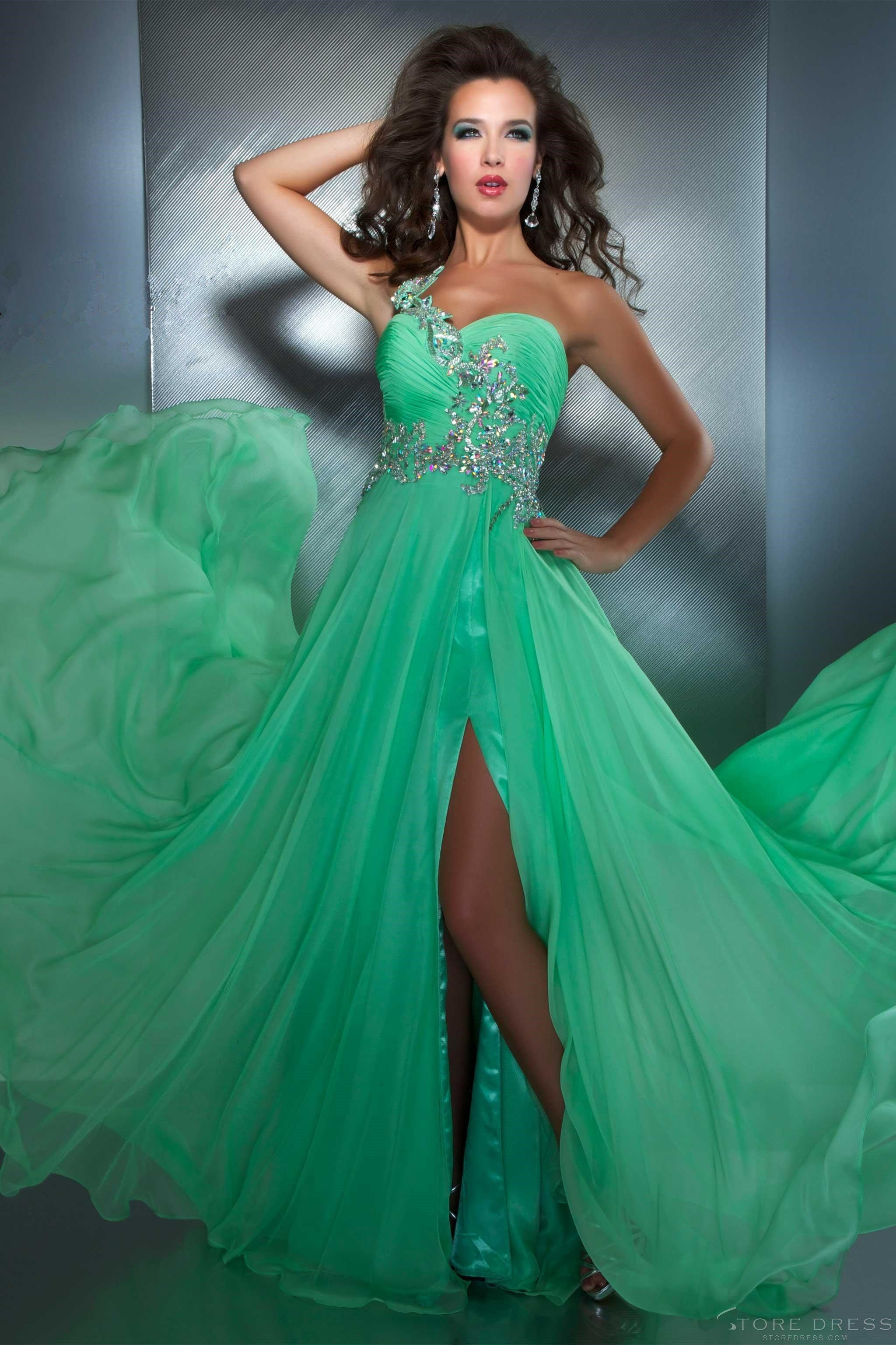 Fabulous Sheath / Column Spaghetti Straps Dropped Appliques Prom ...