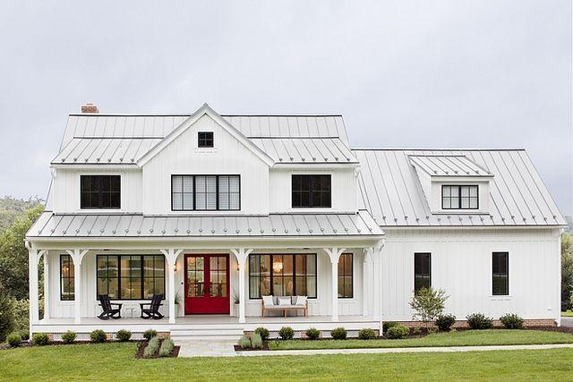 Top 10 Farmhouse Style Home Exteriors You Need To See Nikki S Plate Modern Farmhouse Exterior Farmhouse Style House Modern Farmhouse Plans