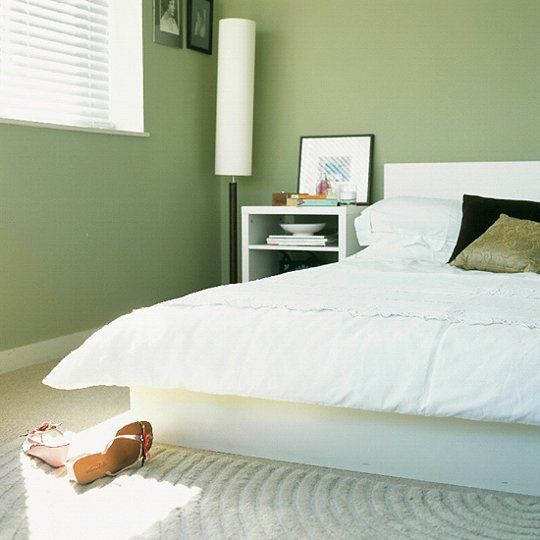 Peaceful Bedroom Colors And Decorating Ideas: Soothing Paint Colors For A Relaxing Bedroom