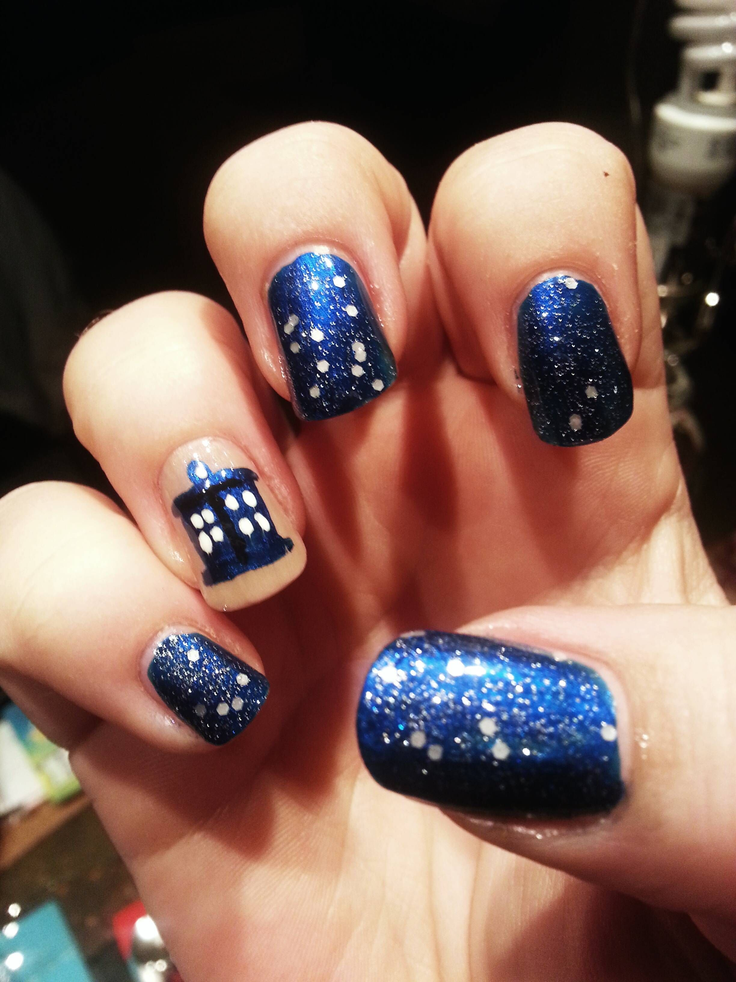 Nail art doctor who the day of the doctor varnishes i like nail tardis accent nail wonder if i could do this nail art tardis nail art prinsesfo Gallery