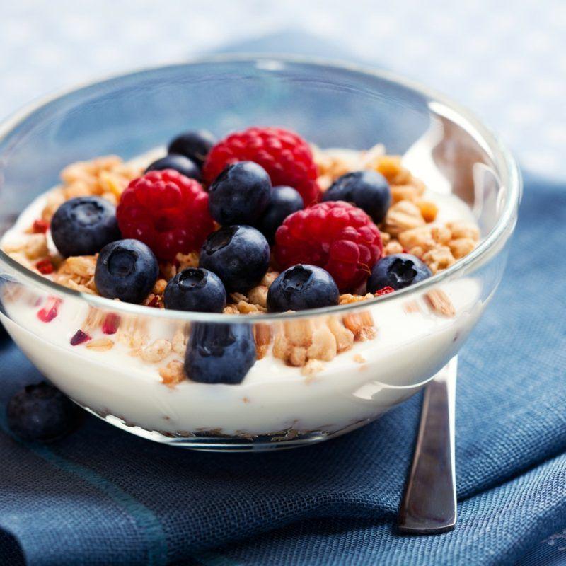 Gesundes Frühstück zum Abnehmen – 6 herrliche Rezepte #vitaroom #sandwich #porridge #gesundefrühstücksrezepte #lowcarb #haferflocken #smoothie #frühstücksideen #müsli #hausdekoration #joghurt #hstck