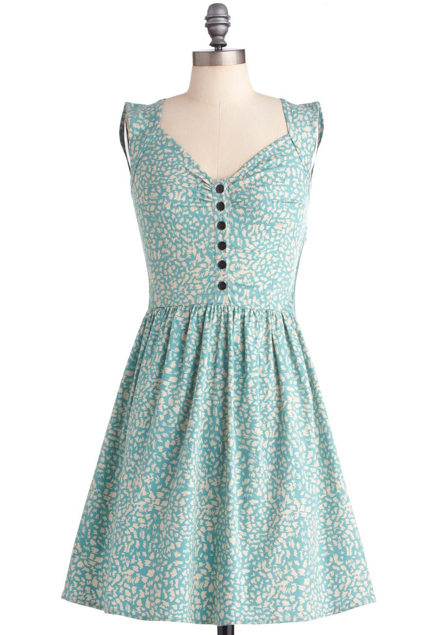 Lush with Beauty Dress in Garden | Vintage inspired, Sketching and ...