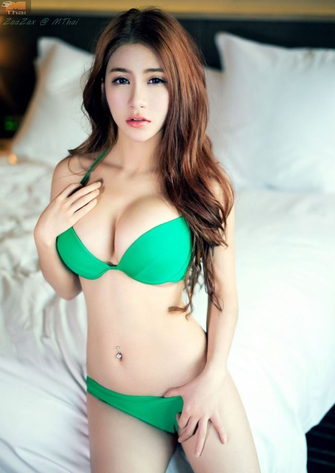 Sexy asian hotel girls