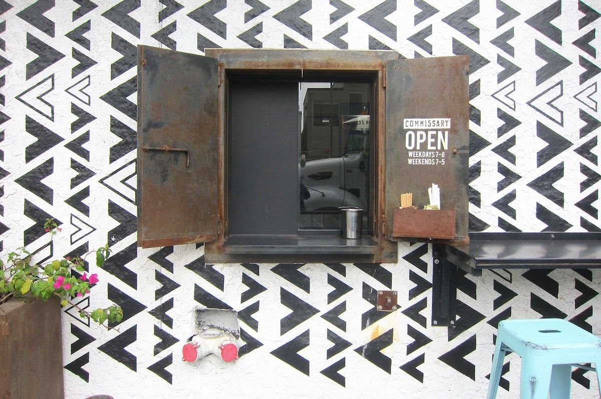 Take Out Windows Certainly Aren T Anything New But Over The Last Few Years They Ve Blown Up In L A As Quickly As The Food Tr Take Out California Food Windows
