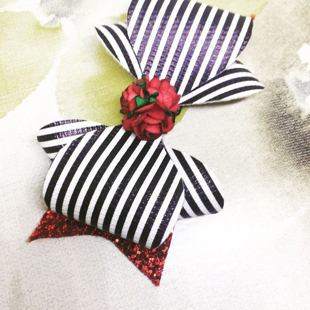 Pin by franc on moños pinterest handmade hair bows red glitter