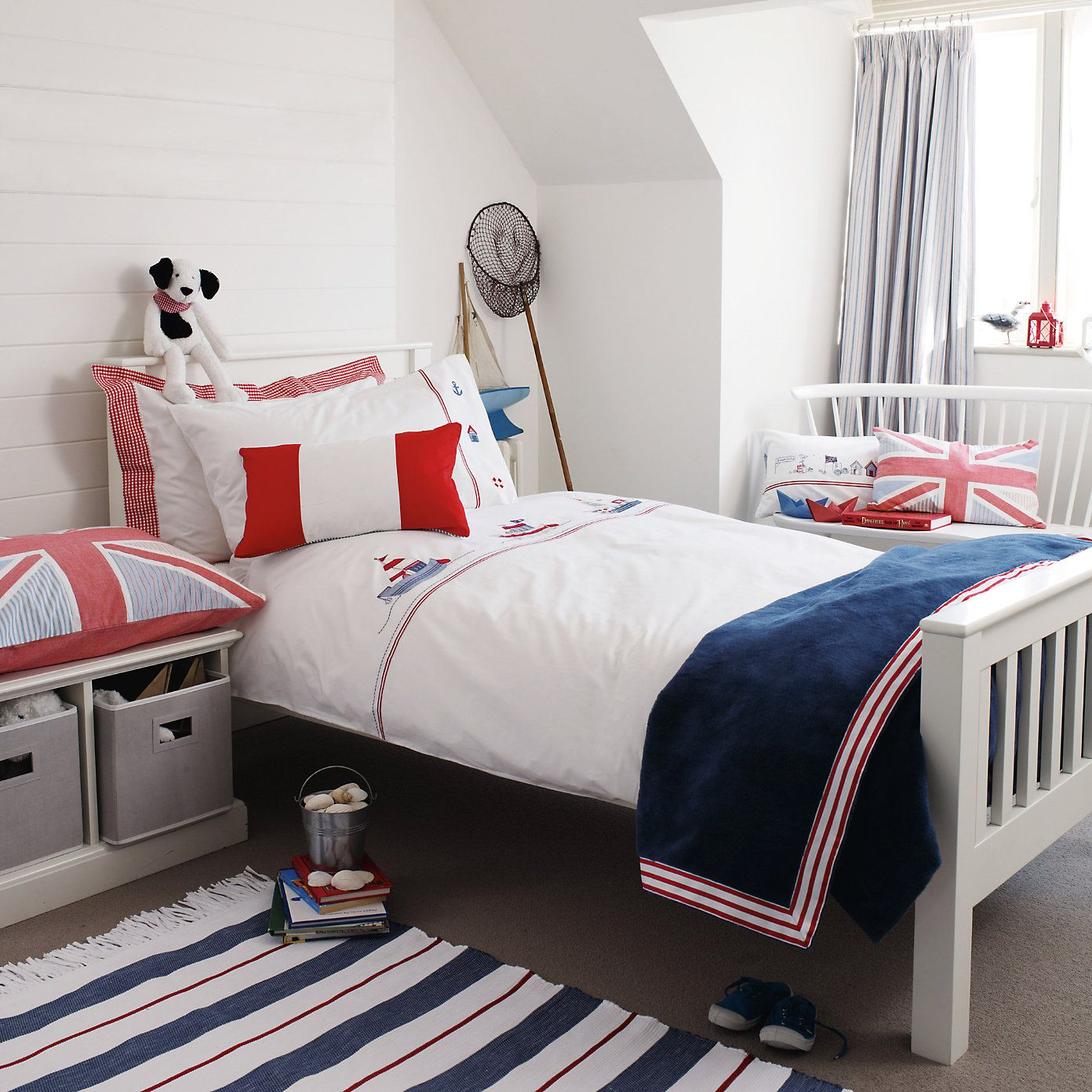 Buy Childrens Bedroom U003e Childrens Bedroom Accessories U003e Red White U0026 Blue  Fringed Rug From The White Company