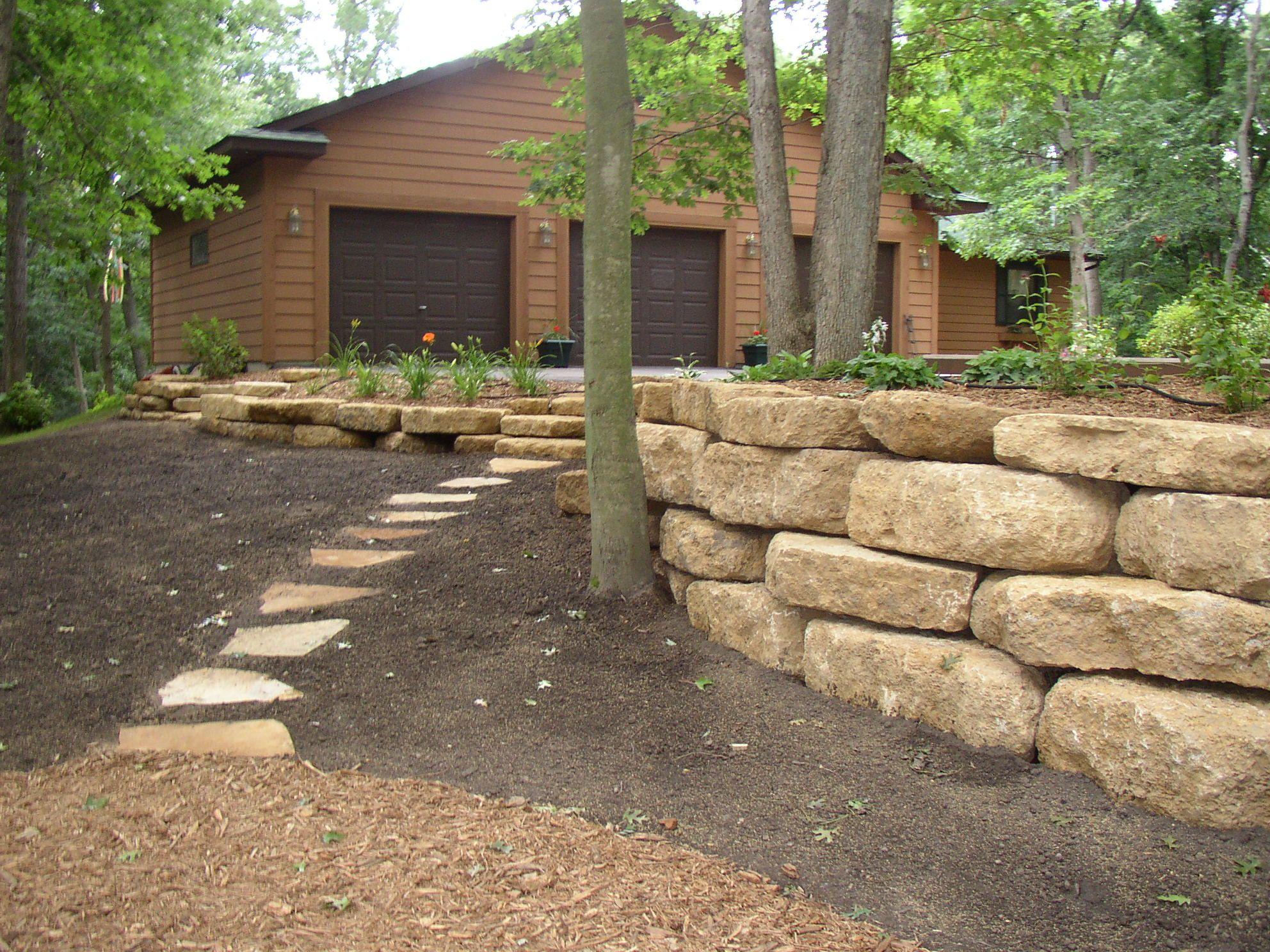 Landscaping Retaining Walls Ideas Landscapingideas Landscaping Retaining Walls Stone Landscaping Large Backyard Landscaping