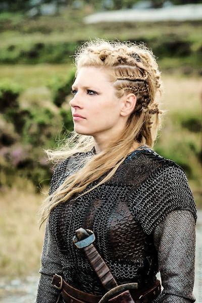 Lindo y sin esfuerzo peinados vikingos Fotos de las tendencias de color de pelo - Pin by Micaela Ibarra on Vikings/Barbarians   Viking hair ...
