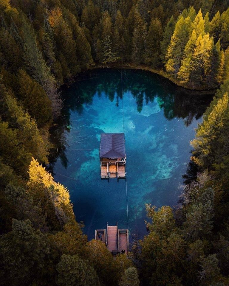 5 Celebrities Awesome Cabin In The Woods Nature Lake House