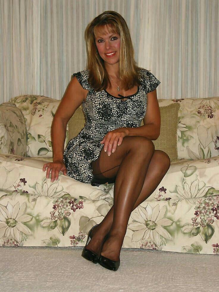 Susan sarandon breasts gifs