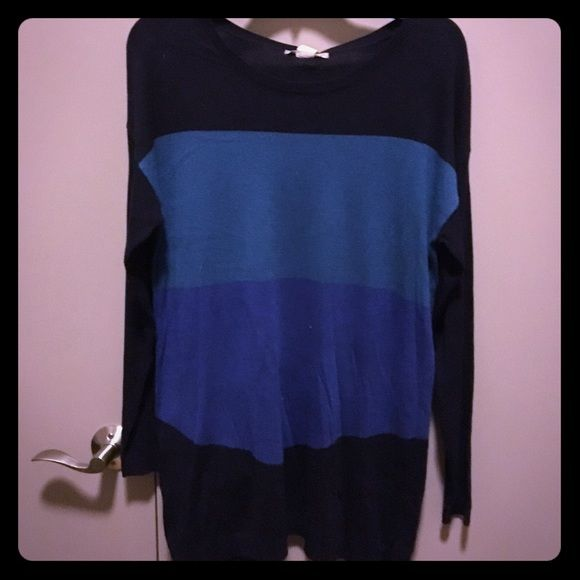 Thin Long Sweater Size M Thinner long color block sweater. Perfect with a pair of leggings! Never worn Joan Vass Sweaters