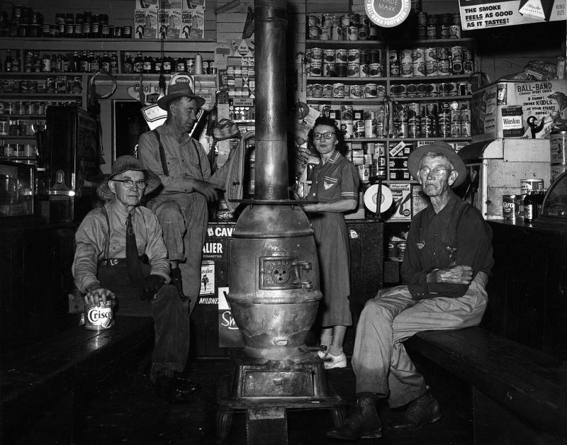 "Country Store 1939 Old Photo Tobacco Coke North Carolina 14/""x10/"" Gas Pump"